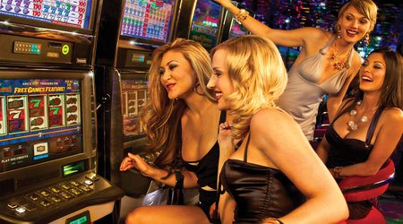 girls casino slots