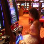 woman-at-slot-machine-in